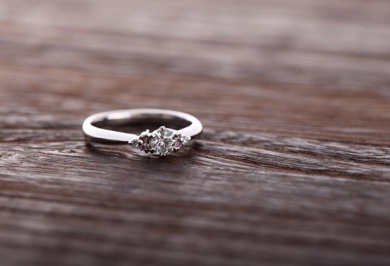 【神奈川県横浜市】母の婚約指輪でジュエリーリフォーム!譲り受けた婚約指輪のお悩み解決方法