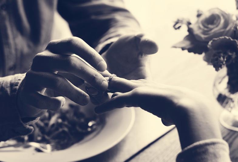 【静岡市】槌目やマット加工で注目の結婚指輪『towa et toiトワエトワ』!人気素材はシャンパンゴールド