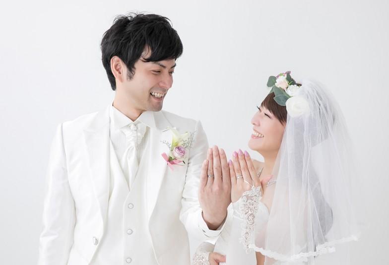 【 石川県小松市イオンモール】意外と知らない!結婚指輪のもつ意味と左手薬指につける意味とは