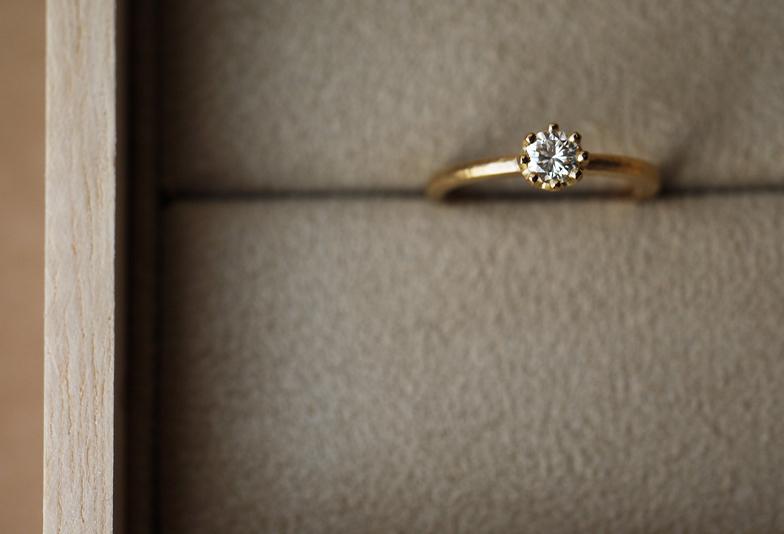 【金沢市】婚約指輪は誰とも被りたくない!シンプルかつオシャレなYUKAHOJOご紹介!