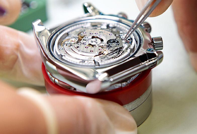 【福井市エルパ】腕時計の電池交換は プロにおまかせ!