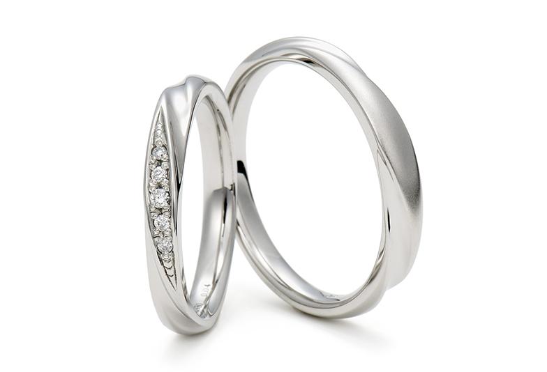 シンプルなデ結婚指輪はいつまでも人気のデザイン