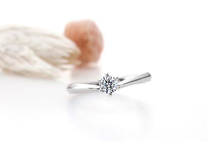 モナムールのシンプルな婚約指輪