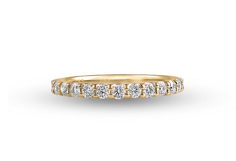 ダイヤモンドの輝きを十二分に楽しめるエタニティーリング