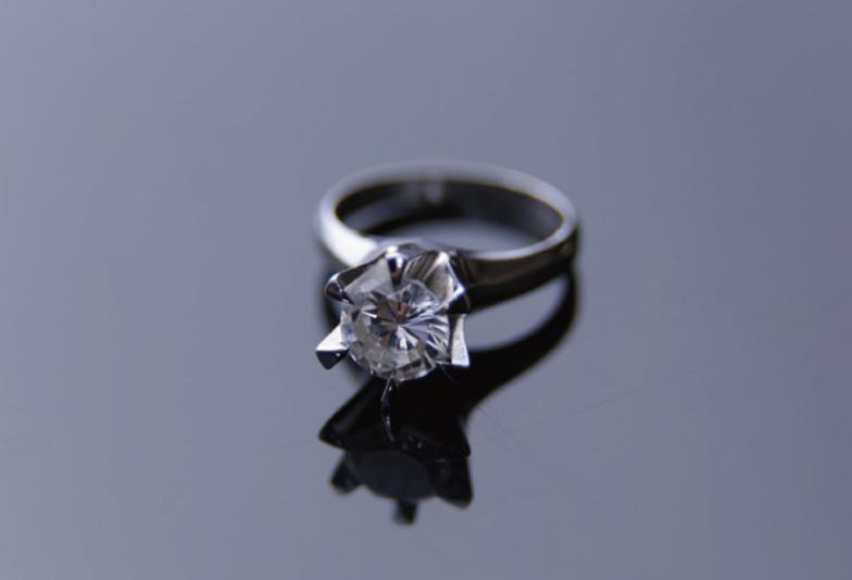 神戸三ノ宮 受け継いだダイヤモンドを婚約指輪にリフォーム