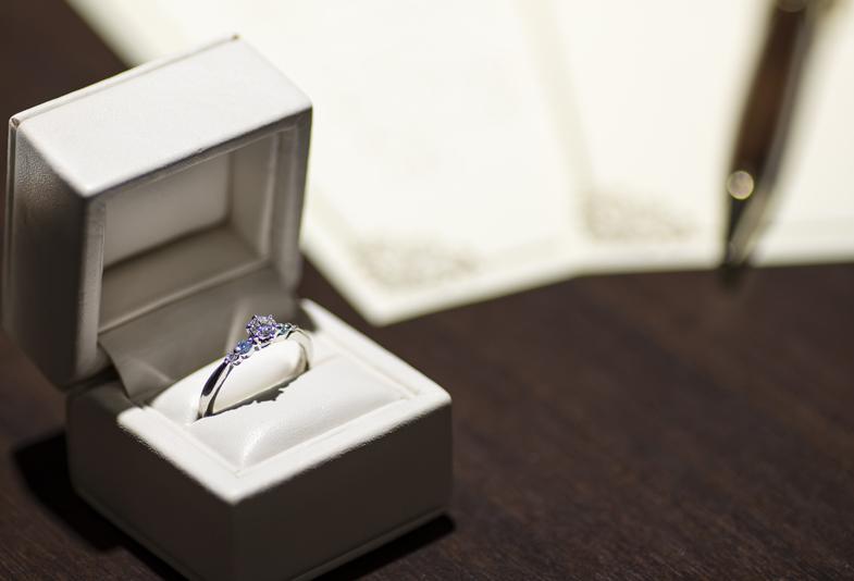 【神奈川県横浜市】結婚10周年(スイートテン)の記念に婚約指輪をジュエリーリフォームしませんか?