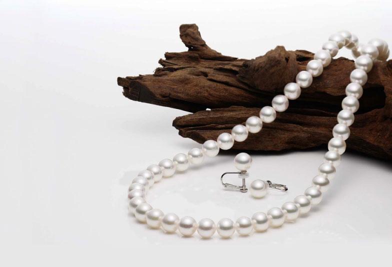 【神奈川県横浜市】「真珠婚式」ってご存知ですか?結婚30周年に贈る高品質の真珠ネックレス