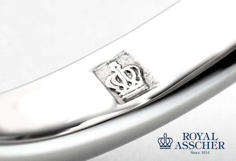 ロイヤルアッシャーの指輪に刻まれるクラウンマーク