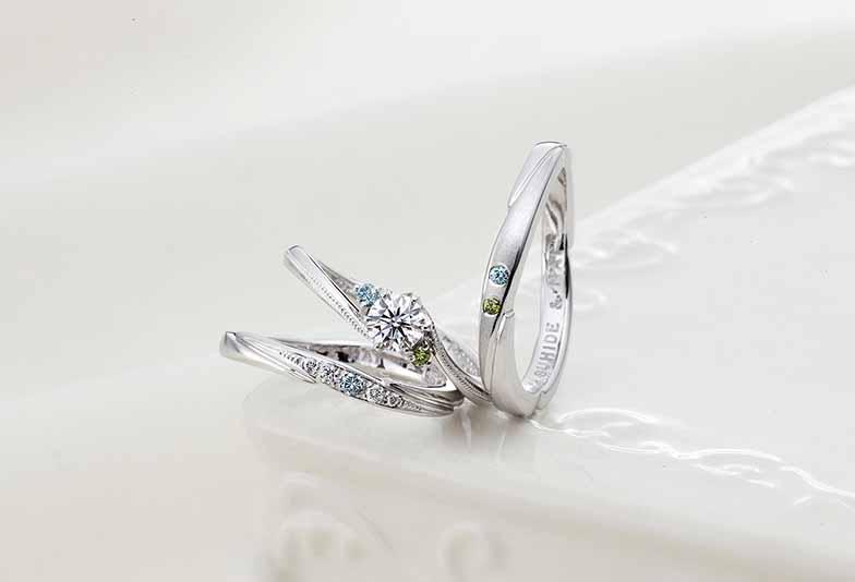 【浜松市】カラーダイヤモンドを効果的に配置した結婚指輪
