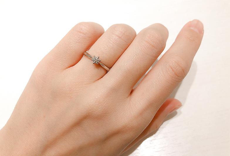 婚約指輪0.15ctのダイヤモンド
