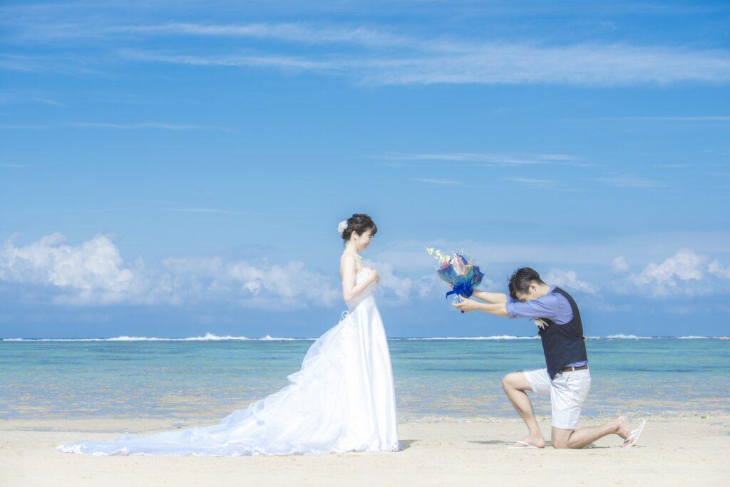 【静岡・浜松前撮り】沖縄ビーチフォト用のドレスを静岡で選ぼう