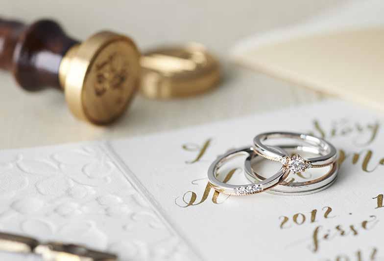 【浜松市】婚約指輪との重ね着けが素敵な結婚指輪人気デザインBest5!