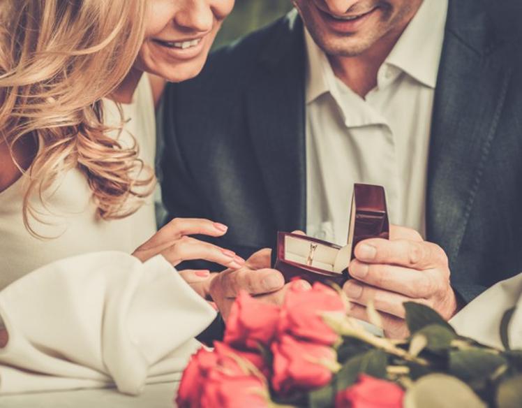 【浜松市】本当は欲しかった?婚約指輪を貰わなかった既婚女性の本音とは