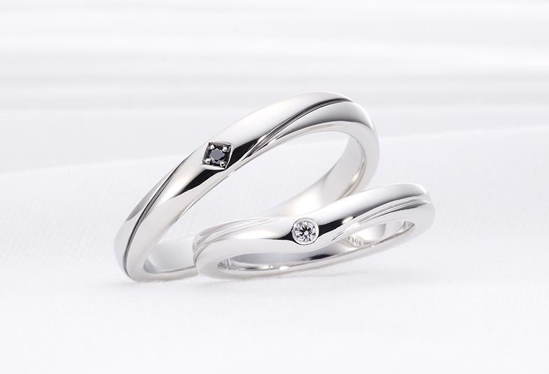デザインの違う結婚指輪