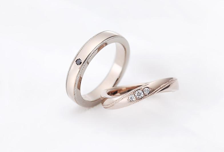 ホワイティッシュピンクゴールドの結婚指輪
