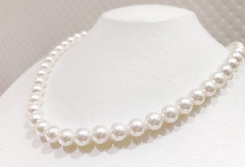 【静岡市】プロがおすすめする真珠ネックレス「無調色真珠」ってなに?