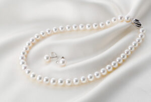 【浜松市】花嫁道具の必須アイテム真珠(パール)のネックレス。運命の無調色真珠に出会うまで