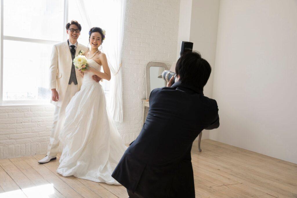 【静岡・浜松前撮り】カメラマンを持ち込みできる前撮りスタジオって?