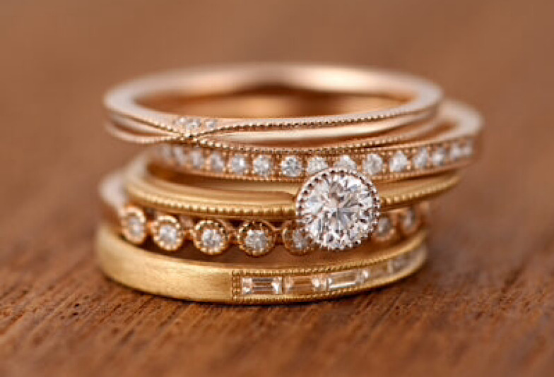 【郡山市】おしゃれなゴールドの結婚指輪。人気デザインを紹介!