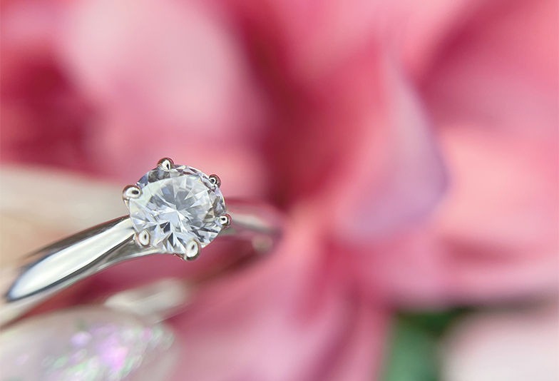 【神奈川県横浜市】プロポーズで貰った婚約指輪をネックレスに変えました!
