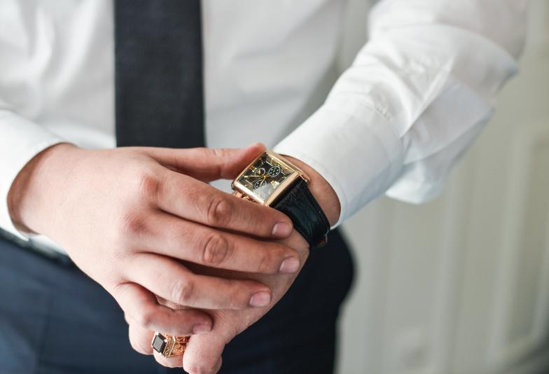 【静岡市】高級時計は結婚前の購入がベスト?結納返しで時計を贈ってもらう理由