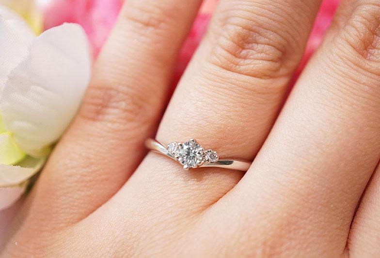 婚約指輪 カフェリング シェリ 着用