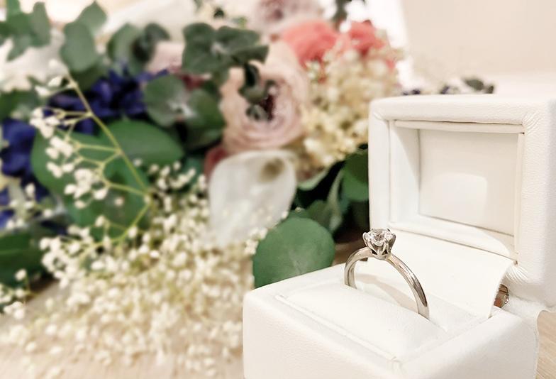 【静岡市】サプライズで婚約指輪を買いたいのに、彼女の指のサイズが分からない。みんなはどうした?