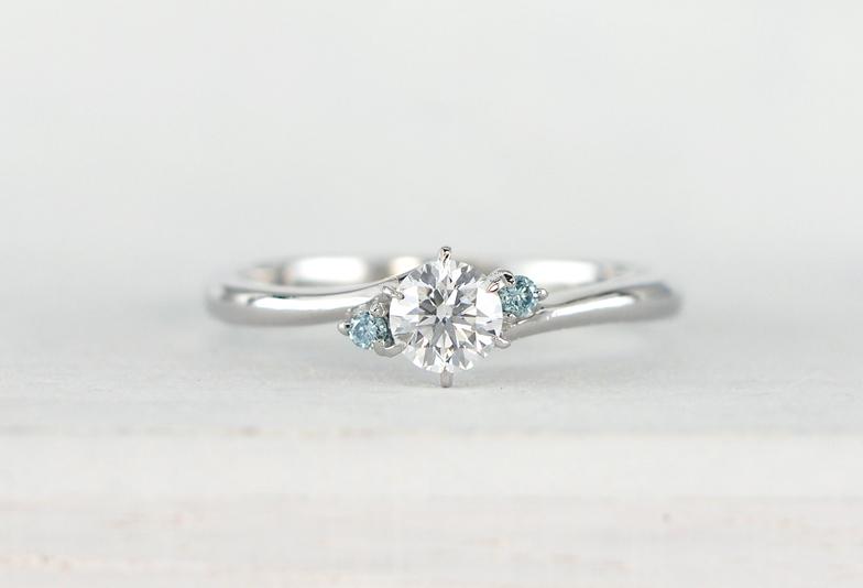 【福岡県久留米市】シンプルな指輪にアクセント!カラーダイアモンドの指輪