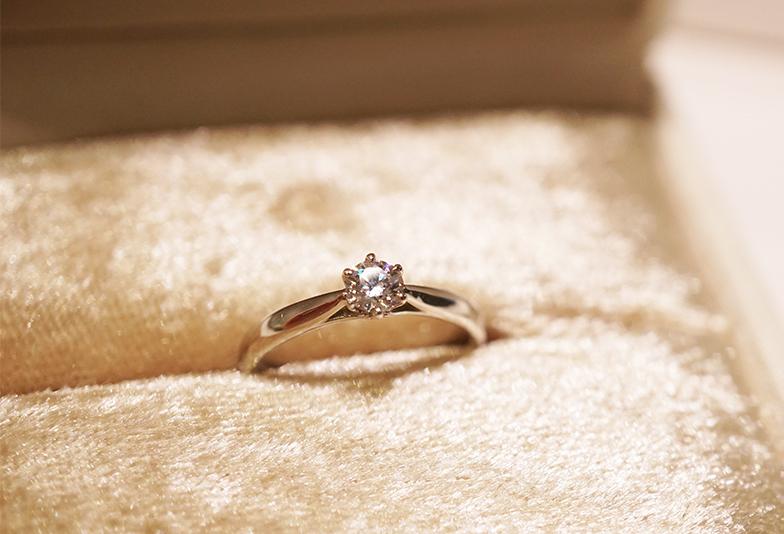 婚約指輪写真 納品箱