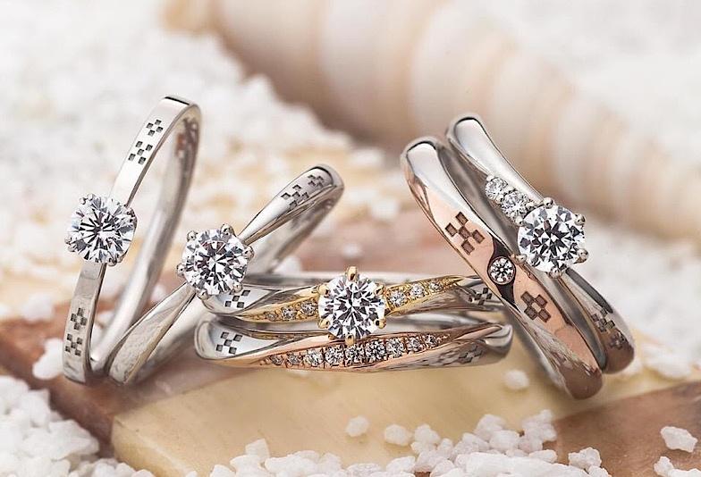 【那覇市】ミンサー柄をほどこした「琉球杢目」の結婚指輪をご紹介!