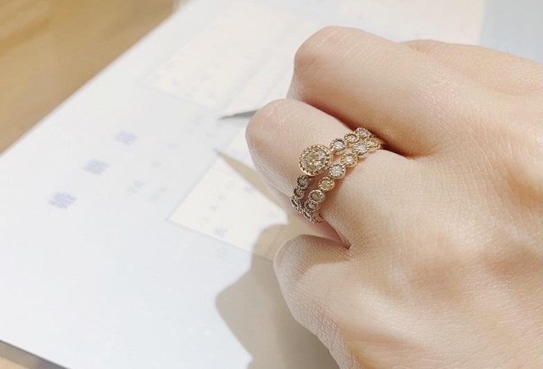 【京都府・四条烏丸】カップルに人気な婚約指輪を重ね着けできるオシャレブランドをセレクトしてるブライダル専門店
