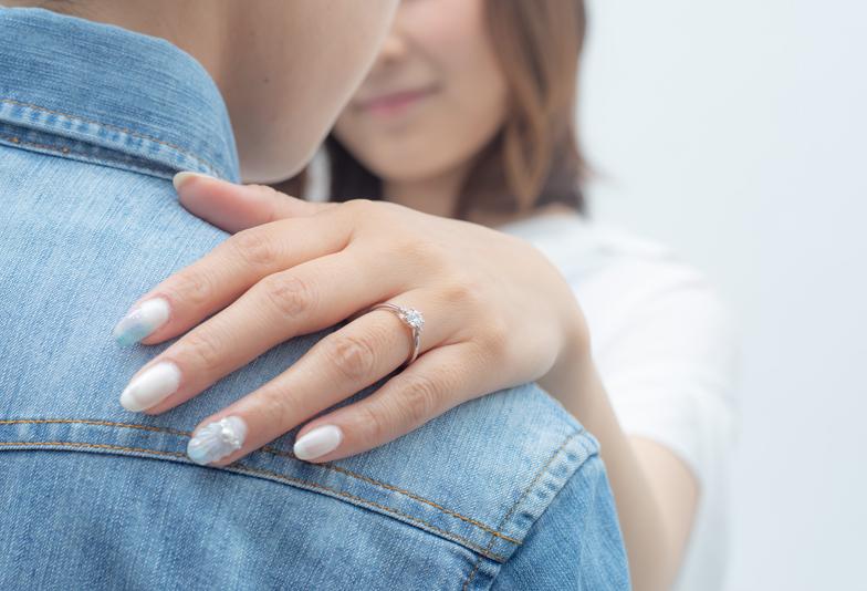 【静岡市】彼女の指のサイズがわからない!婚約指輪はどうやって用意すべき?