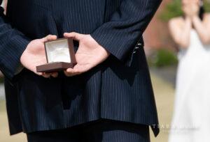 【浜松市】サプライズプロポーズの婚約指輪は彼女の喜ぶプロポーズリングで!