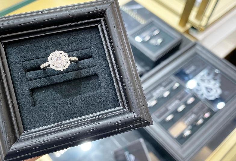エクトゥーロジュエリーリフォーム婚約指輪