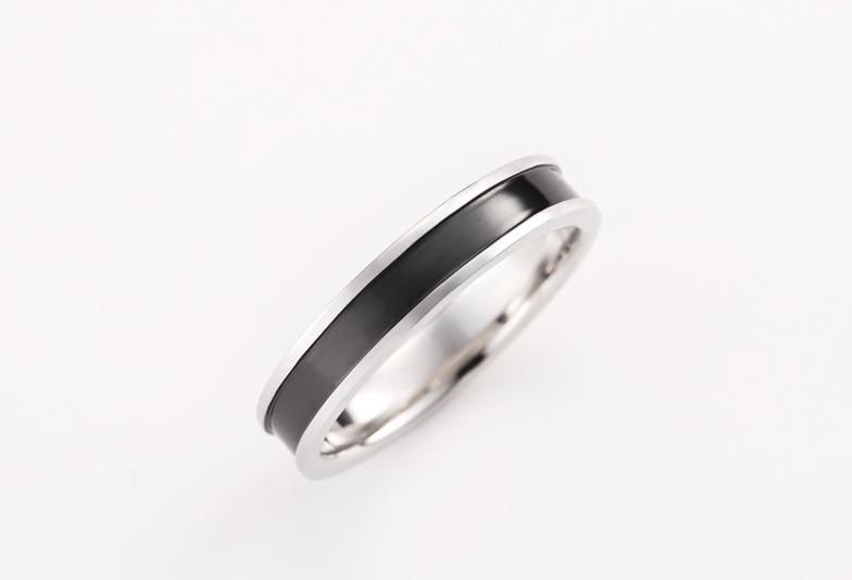 黒色 結婚指輪