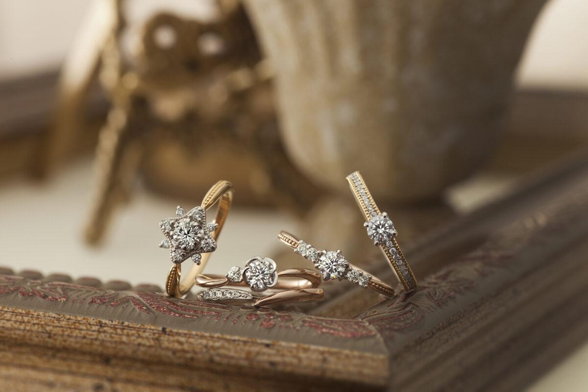 【長岡市】婚約指輪│『&tique(アンティック)』アンティーク調のおしゃれな指輪を贈るなら