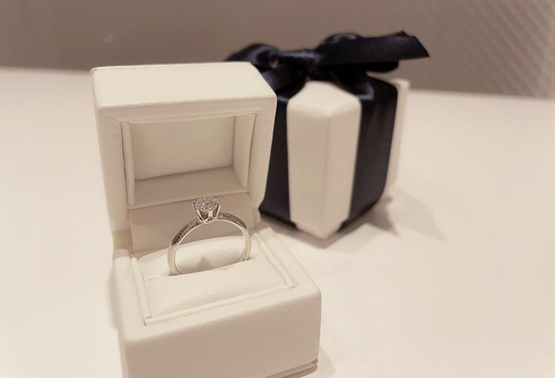 【静岡市】婚約指輪の悩み第一位サイズ問題は「プロポーズリング」で解決!