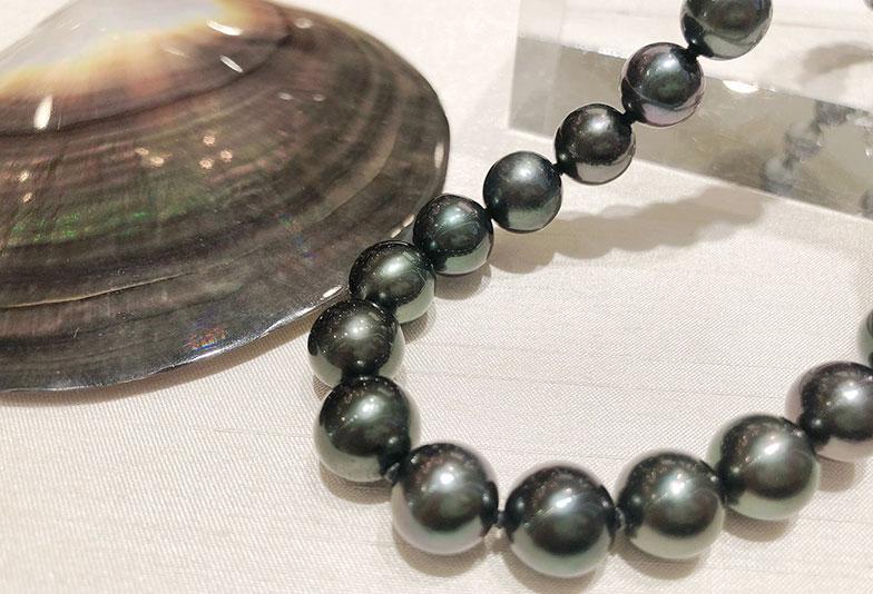 【静岡市】黒真珠はいつ着ける?知っておきたい着け方のマナー
